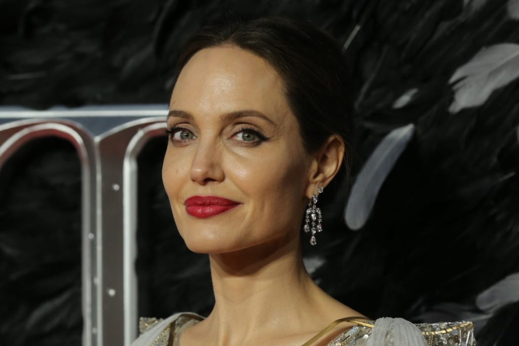 Ходят слухи: у Анджелины Джоли роман с бывшим мужем