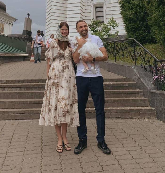 Даша Хлистун и Макс Михайлюк крестили дочь
