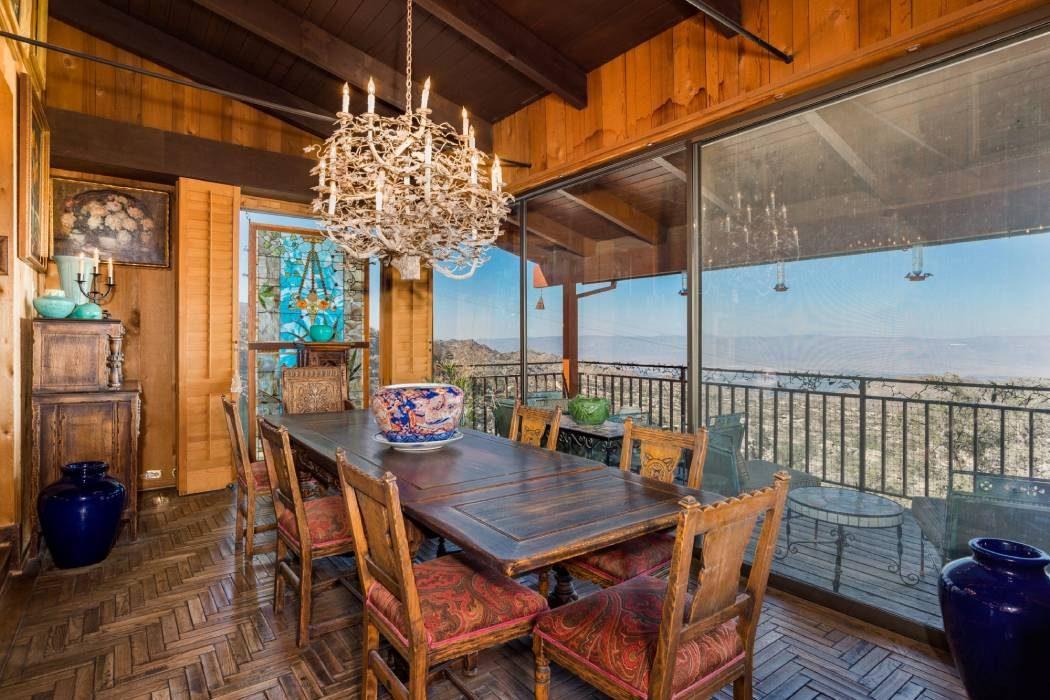В Калифорнии продают особняк Фрэнка Синатры: рассматриваем интерьер
