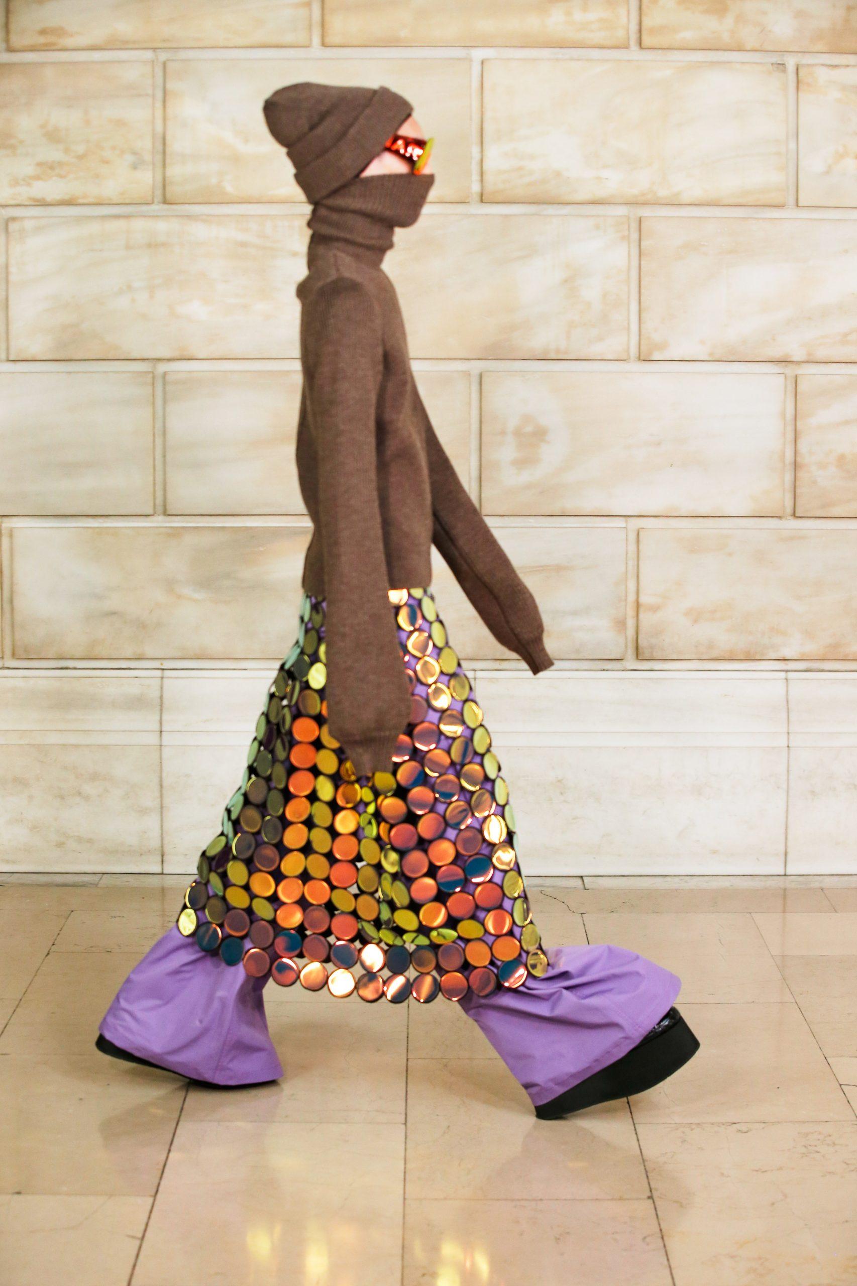 Обувь на платформе, oversize и много цвета в новой коллекции Marc Jacobs FW'22