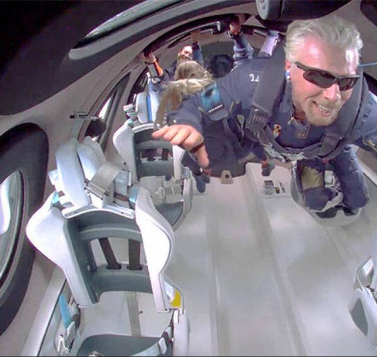 Мільярдер Річард Бренсон полетів у космос: як це було