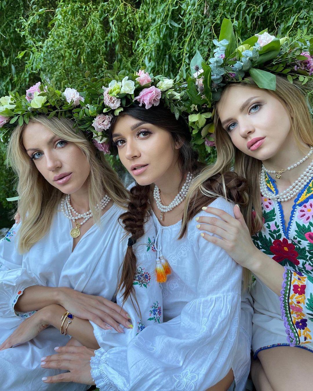 Ивана Купала в Instagram-ленте Кати Осадчей, Леси Никитюк и Фаины Тедеевой