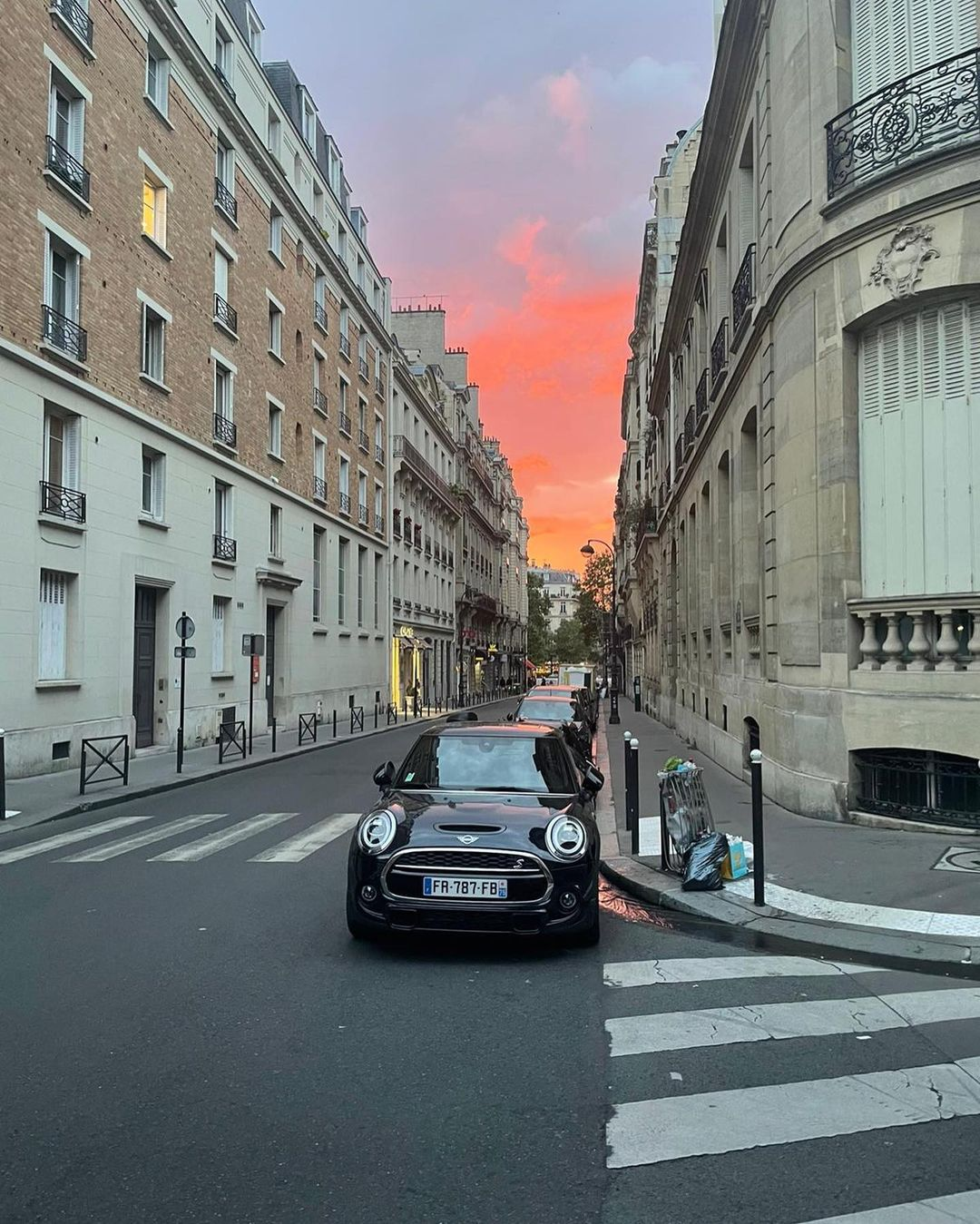 Из Парижа с любовью: безупречные insta-открытки Елены Бурбы