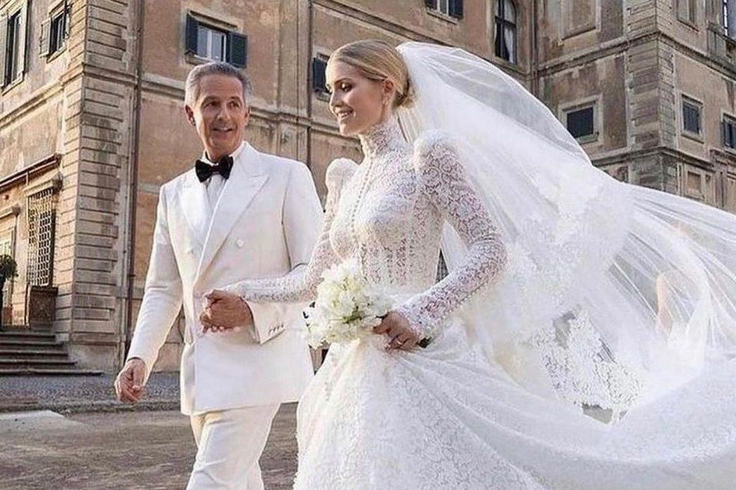 В кутюрном платье от Dolce&Gabbana: Китти Спенсер вышла замуж