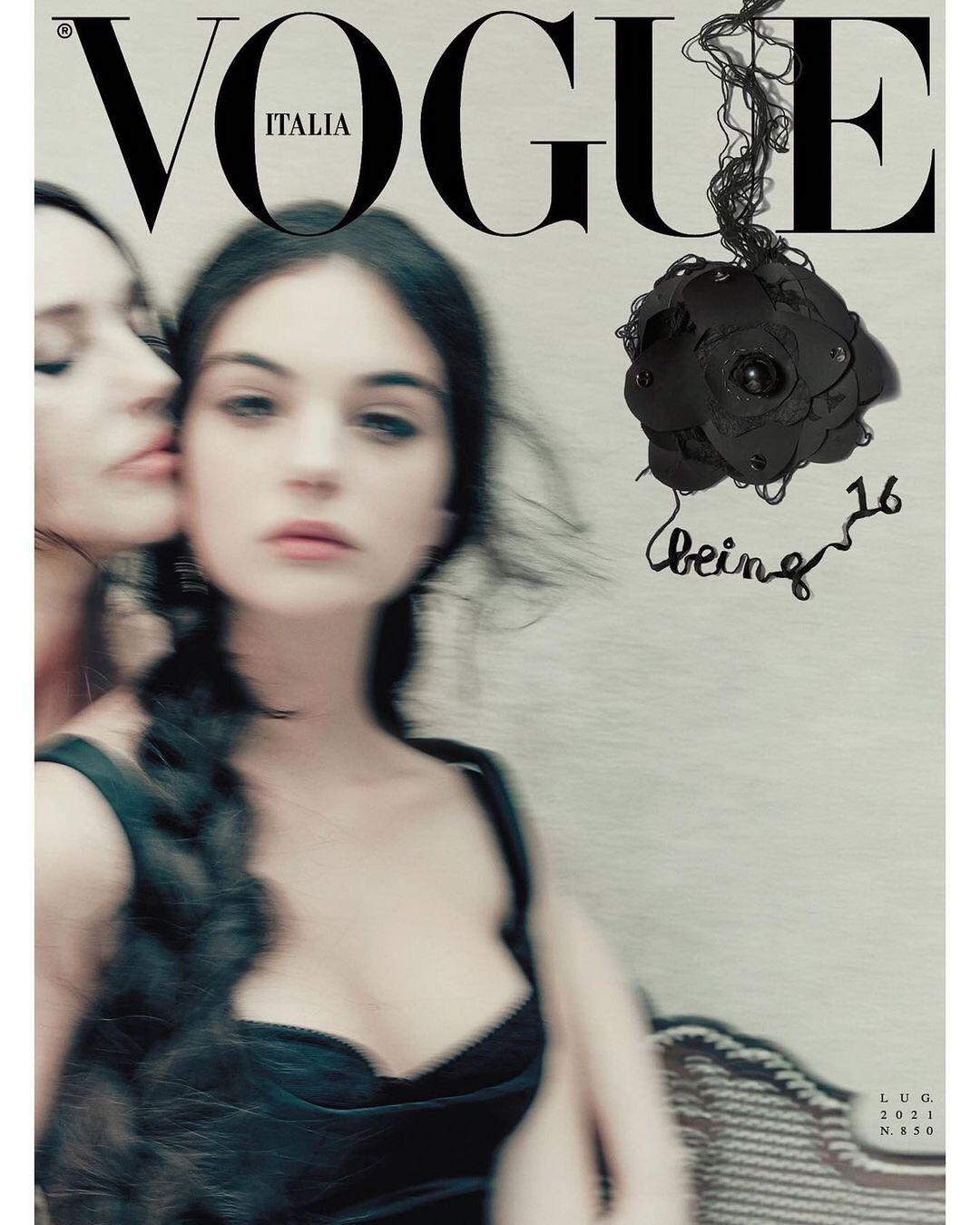 Дочки-матери: Моника Белуччи и Дева Кассель украсили обложку Vogue