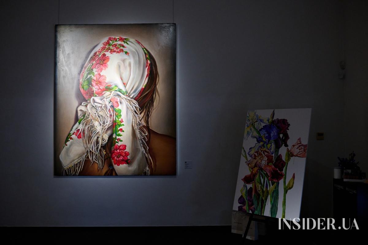 Маша Рева, Катя Сильченко и другие гости открытия арт-проекта Vogue UA FUTURESPECTIVE