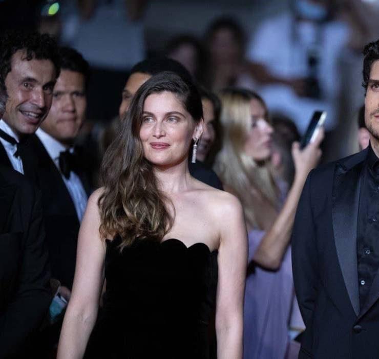 Рідкісний вихід: Летиція Каста та Луї Гаррель з'явилися на Каннському кінофестивалі