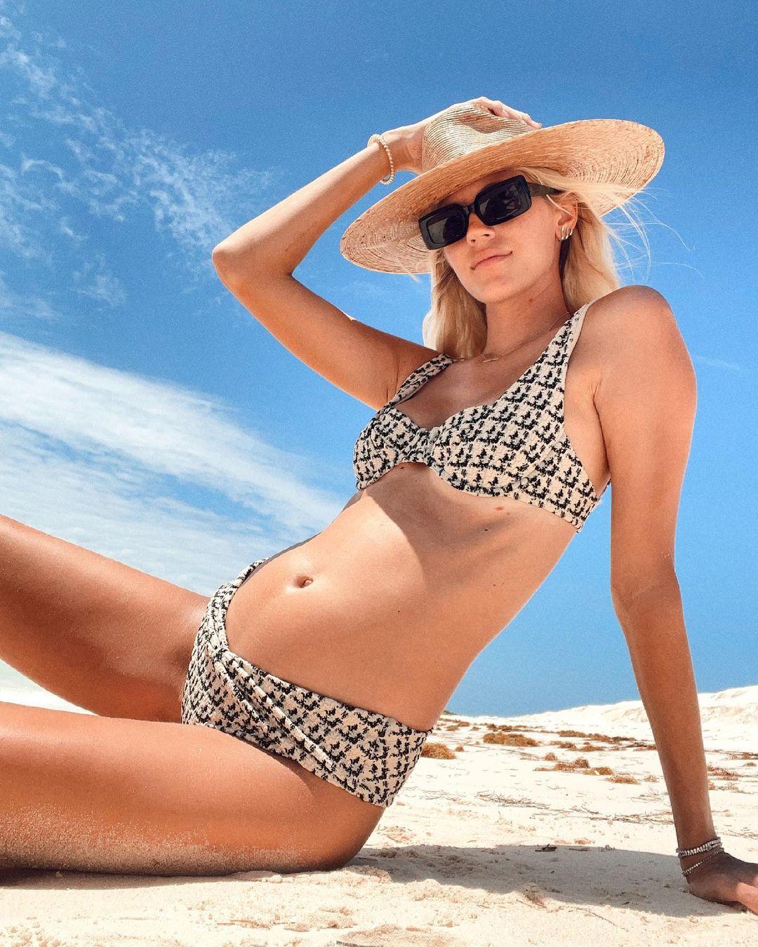 Prada, Fendi и Zara: «беременный» гардероб топ-модели Девон Виндзор