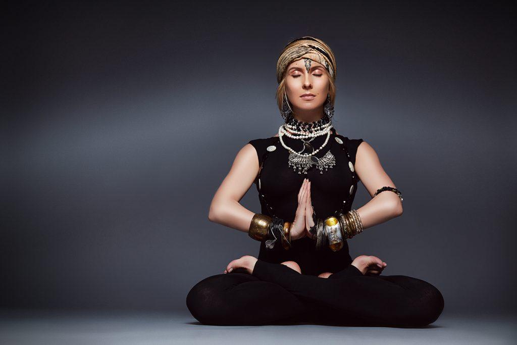 Территория йоги: интервью с владелицей самой светской студии в стране Светланой Масленниковой