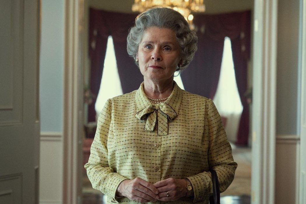 Звезда «Гарри Поттера» Имельда Стонтон в образе Елизаветы II для нового сезона «Короны»