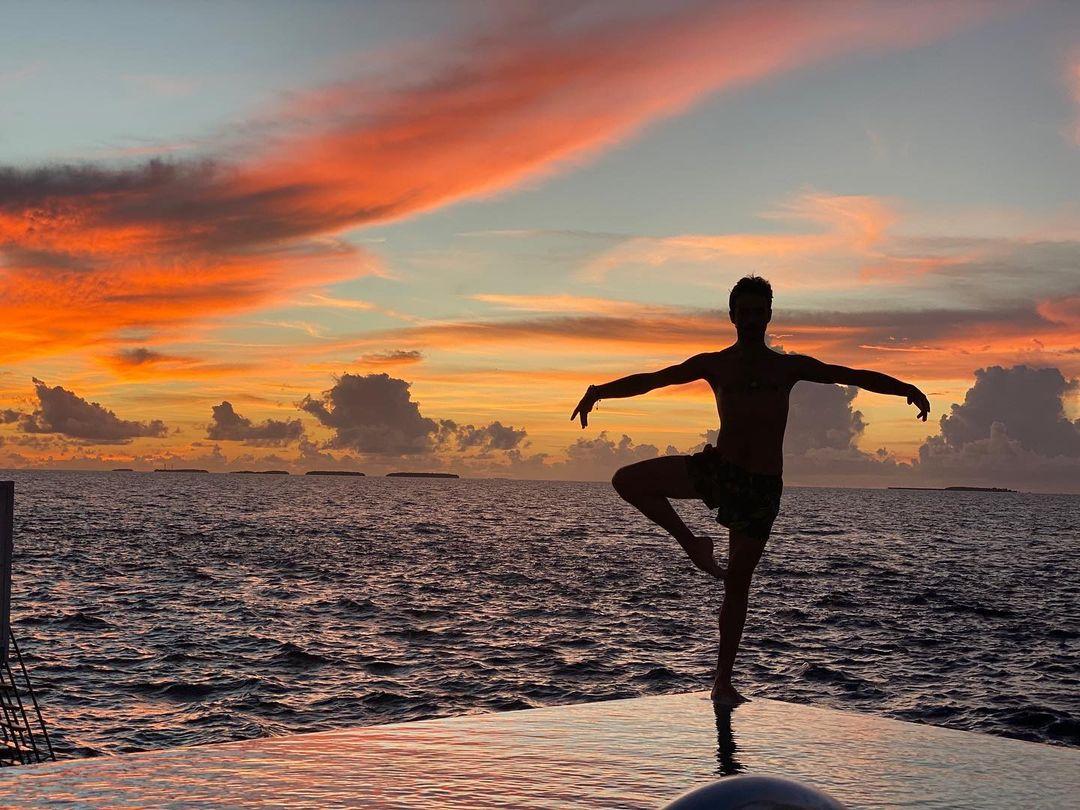 Островной digital-detox: как Екатерина Кухар и Александр Стоянов отдыхают на Мальдивах
