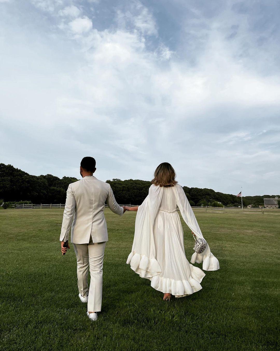 Крисси Тейген и Джон Ледженд побывали на 60-летии Барака Обамы