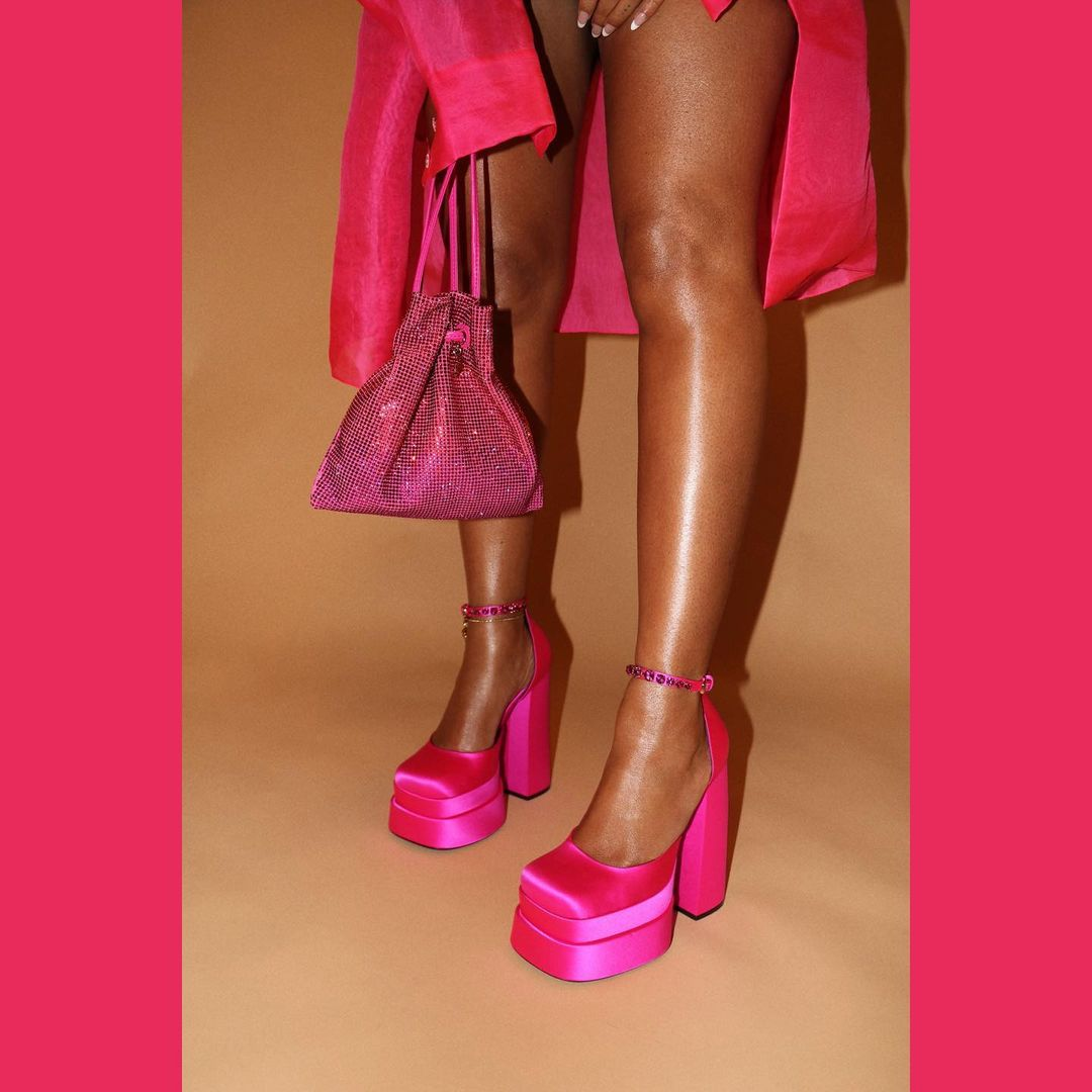 В Versace с ног до головы: Бейонсе повеселилась на вечеринке своего мужа