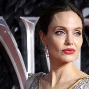 Анджелина Джоли проиграла в суде Брэду Питту