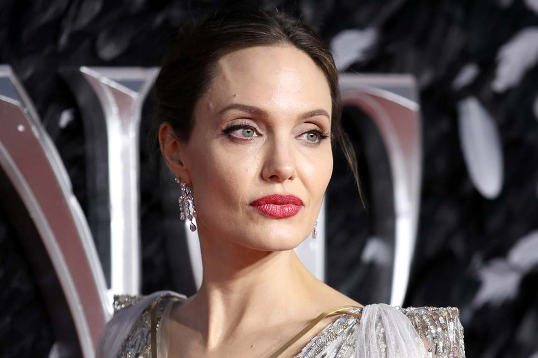 Анджелина Джоли зарегистрировалась в Instagram