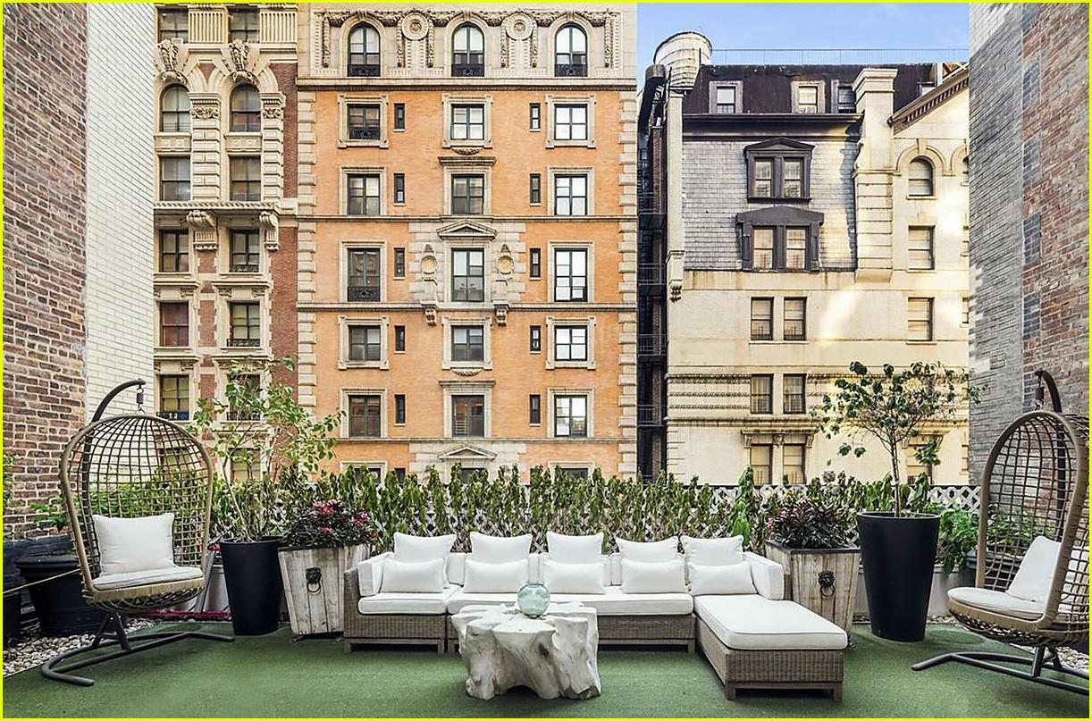 Дженнифер Лопес продает пентхаус в Нью-Йорке: рассматриваем интерьер