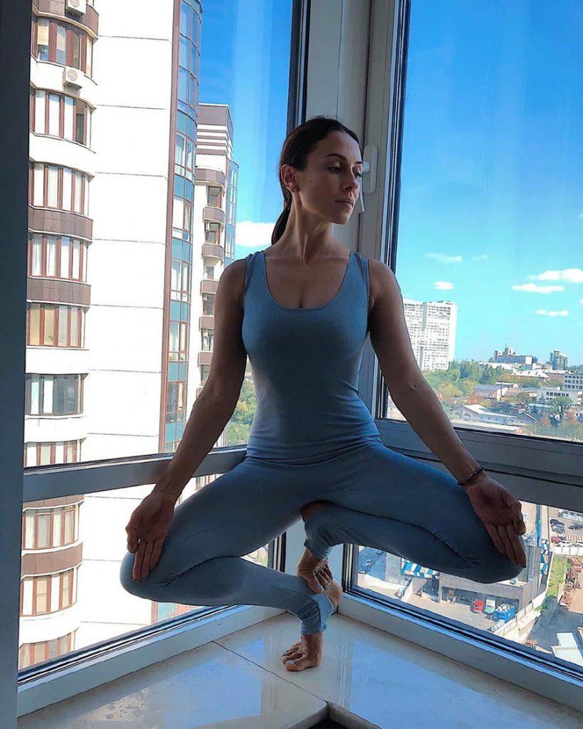 Поймали дзен: Наталья Могилевская, семья Бабкиных и другие селебрити – о личной практике йоги