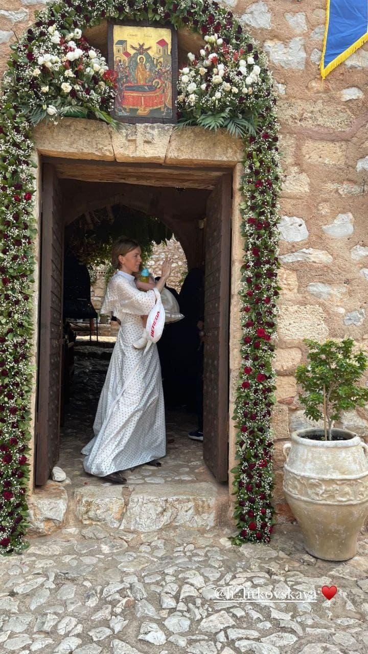 Лилия Литковская крестила дочь в Греции