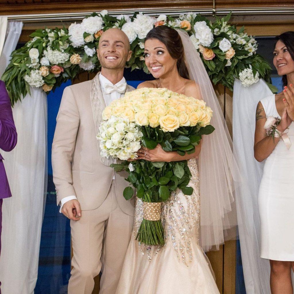 «Лучшие 7 лет моей жизни»: Влад Яма поздравил жену с годовщиной свадьбы