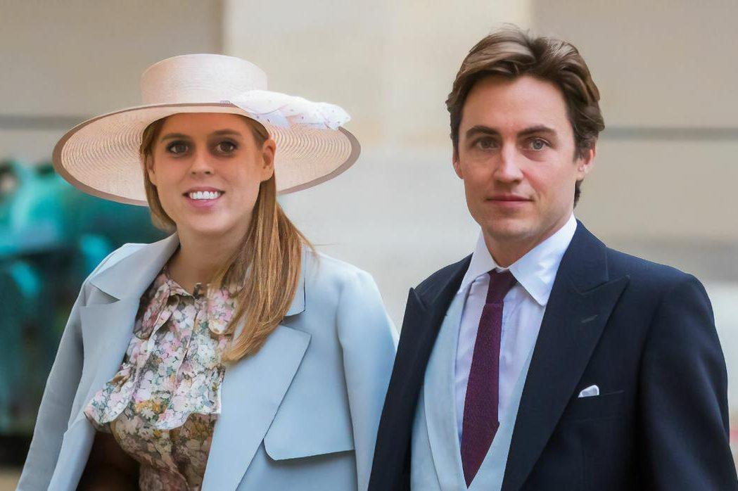 Внучка Елизаветы II принцесса Беатрис впервые стала мамой