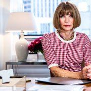 В Chanel и Versace: Кайя Гербер впервые сольно появилась на обложке Vogue USA