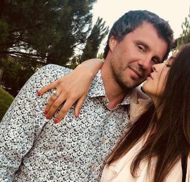 16 лет вместе: Елена Рева трогательно поздравила мужа с годовщиной свадьбы