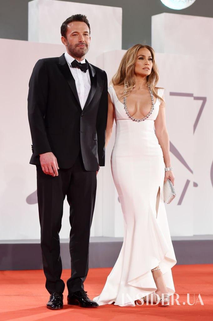 Дженнифер Лопес и Бен Аффлек на премьере фильма «Последняя дуэль» в Венеции