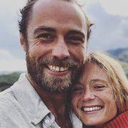 Фотофакт: модель Тони Гаррн и актер Алекс Петтифер поженились