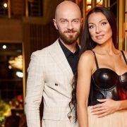 Джастин и Хейли Бибер трогательно поздравили друг друга с годовщиной свадьбы