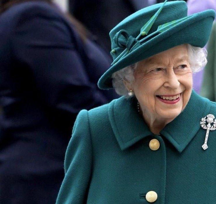 Королева Елизавета впервые публично заговорила о принце Филиппе после его смерти