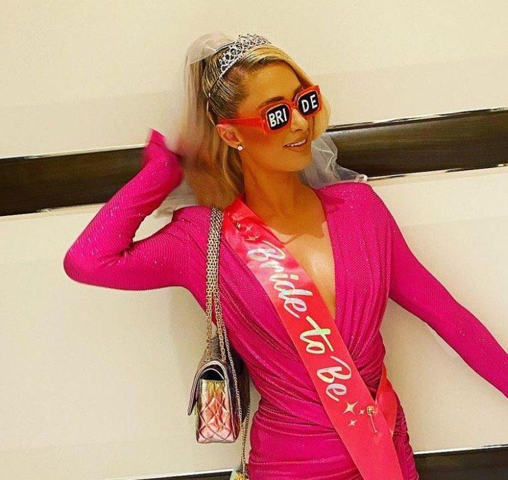 Смотрите, как прошел девичник Пэрис Хилтон в Лас-Вегасе