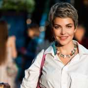 Джордж и Амаль Клуни на премьере фильма «Нежный бар» в Лондоне